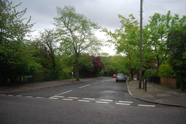 Longton Avenue off Wells Park Rd