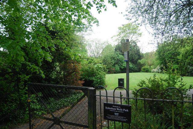 Wells Park Road entrance to Sydenham Wells Park