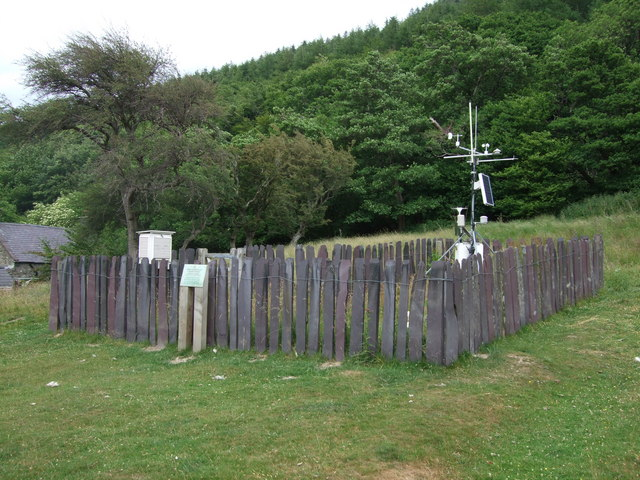 Weather station beside Aber Falls Trail