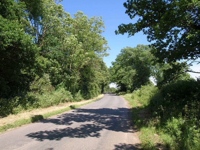 Road past Hardwicke Farm Covert