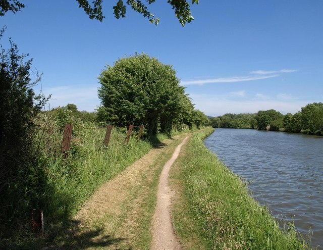 Towpath, Gloucester & Sharpness Ship Canal