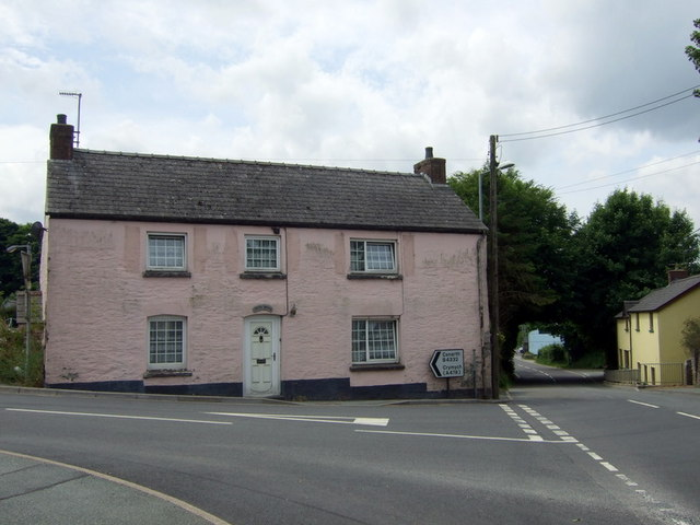 Cross House, Eglwyswrw