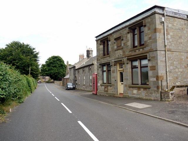 Village street, Crookham