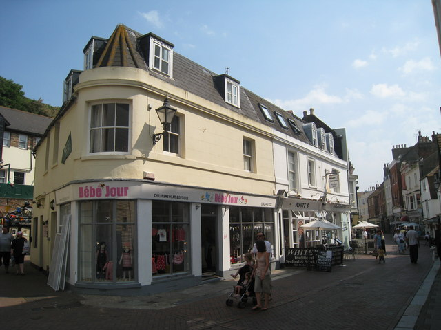 Bébe Jour, George Street