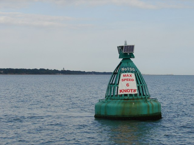 Swinging Ground No 1 starboard channel buoy