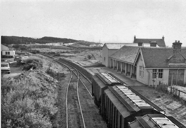 Burghead Station (remains)