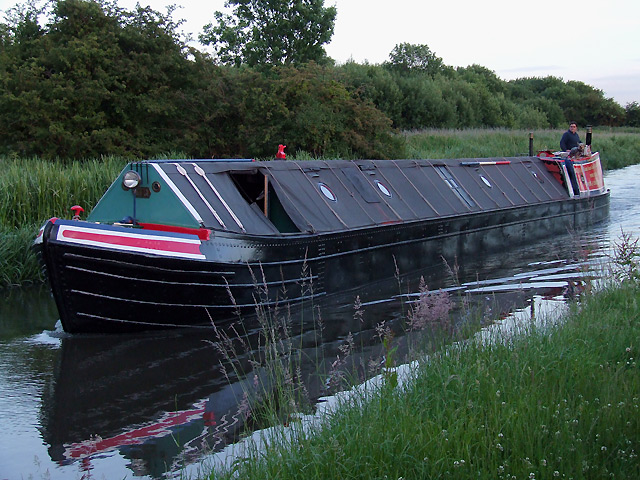 Working narrowboat on the Staffordshire and Worcestershire Canal