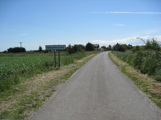 Approaching Skidbrooke