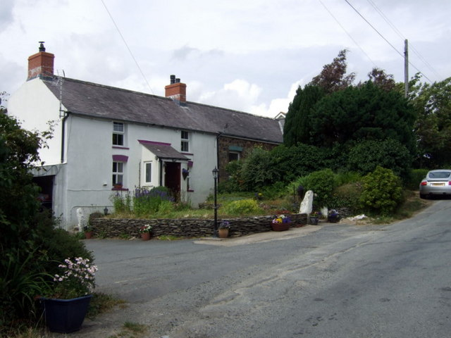 Roadside cottages north of Eglwyswrw