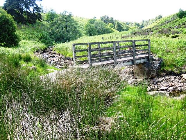 Footbridge over Glendue Burn