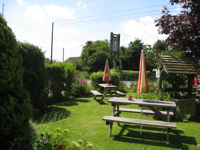 Beer garden at the King's Head