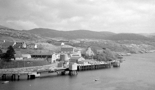 Tarbert pier in 1995