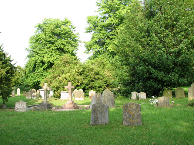 St Mary's church in Dennington - churchyard