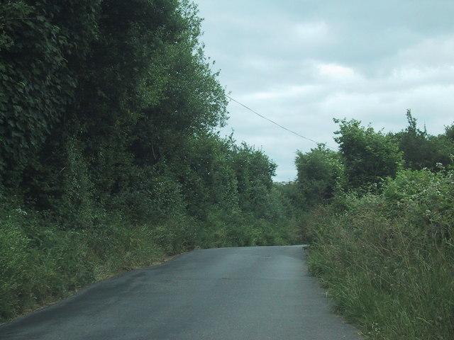 Minor road near Ramsley