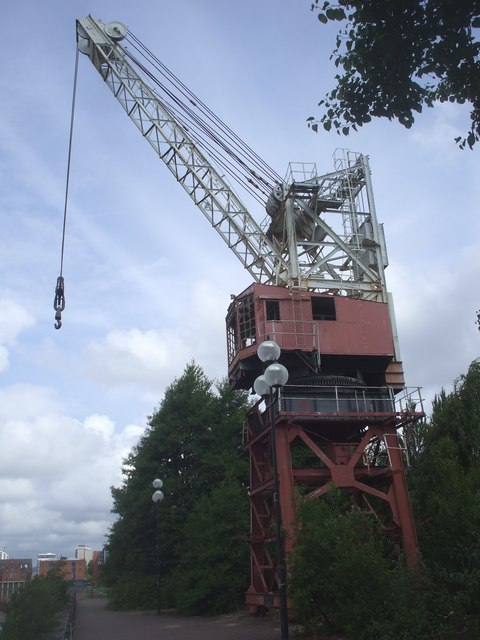 Dockside crane, Atlantic Wharf