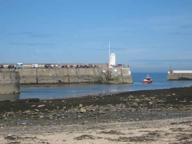 Harbour entrance at Seahouses
