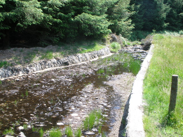 Spillway from Tighnabruaich Reservoir which feeds the Allt Mor