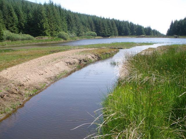 Small unnamed burn feeding Tighnabruaich reservoir
