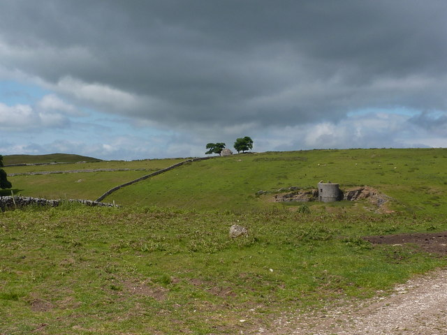 Hill country north of Thorpe
