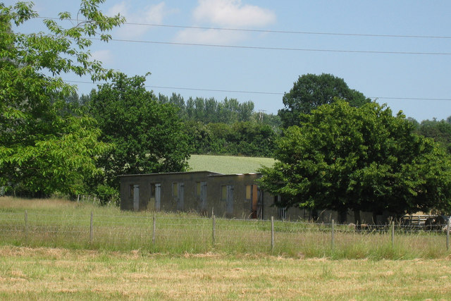 Hopper Huts near Divers Farmhouse