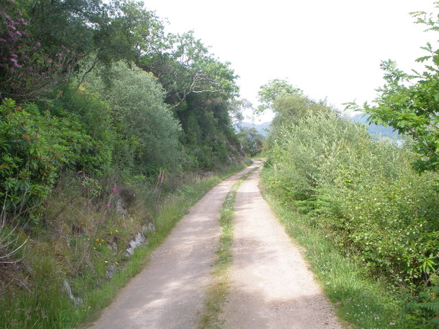 Private road to Caladh