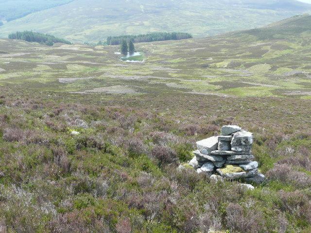 Cairn above Tarvie Loch