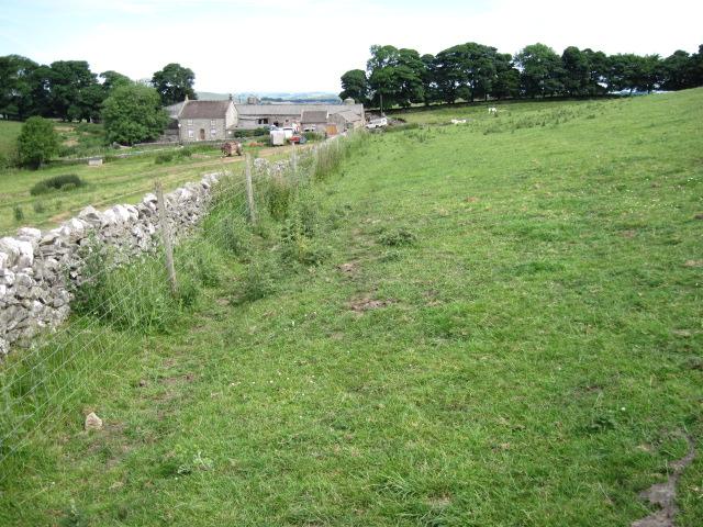 Footpath approaching Bostern Grange Farm