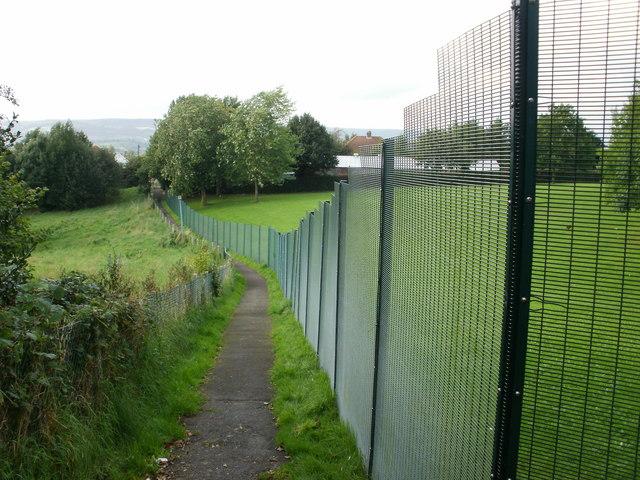 Path skirting school perimeter fence, Malpas