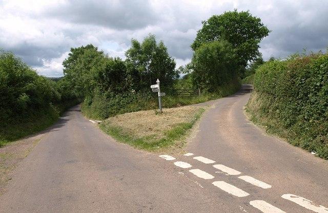 Road junction near Hellings Cross