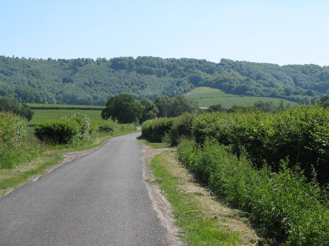 South on Hoyle Lane towards Heyshott