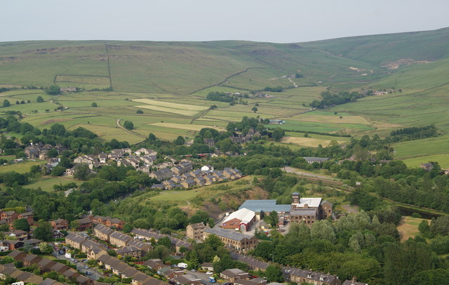 Diggle from Harrop Edge
