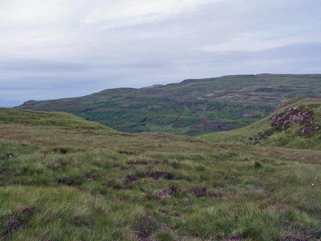 Descent into Glen Suardal