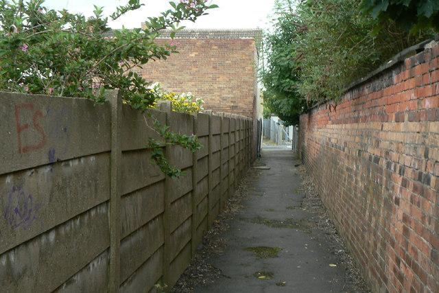 Footpath alongside the railway