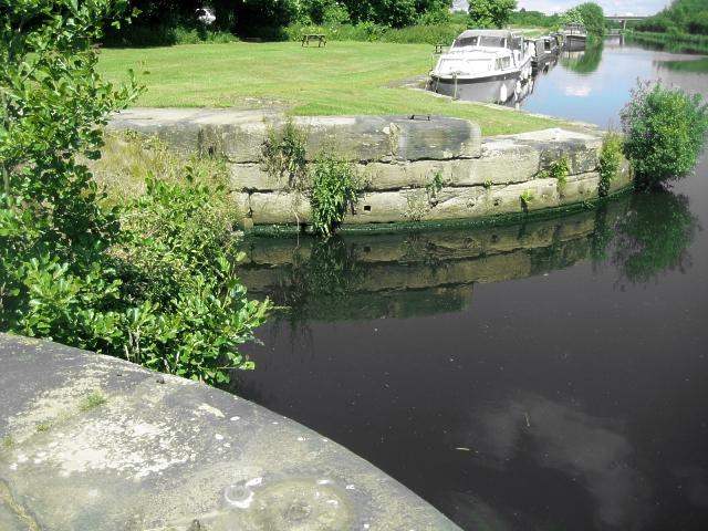 Disused lock, Foxholes (1)
