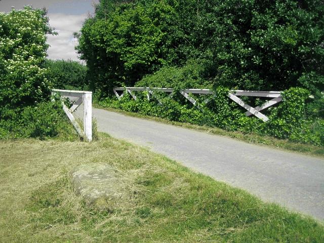 Disused lock, Foxholes (5)