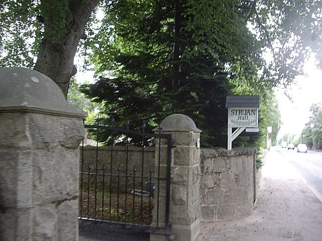 Gated entrance to Struan Hall