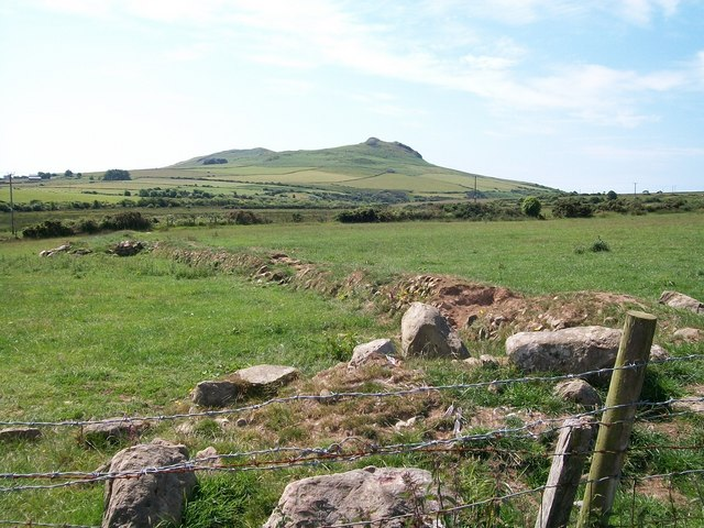 View south along the Horon Valley with Carn Seithon in the background