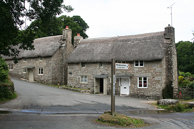 Widecombe in the Moor: cottages at Forder Bridge