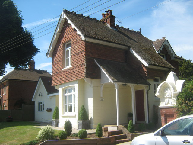 Oak Lodge, Stick Hill