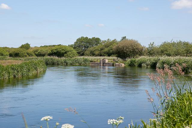 Sluice gate controlling flow into River Avon