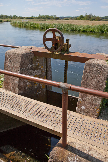Sluice gate on eastern bank of River Avon