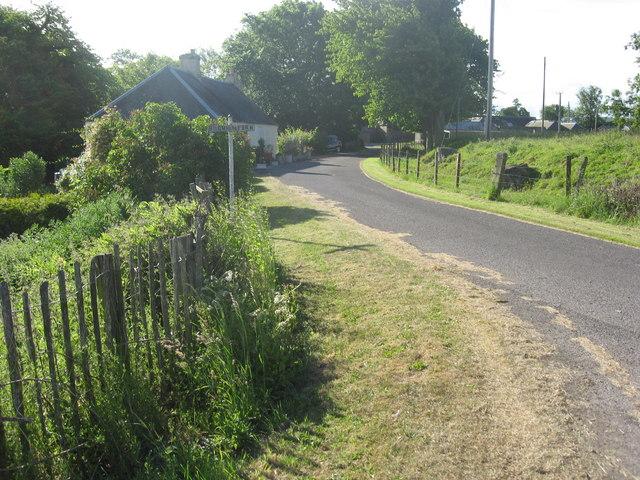 Driveway to Bogmiln Farm