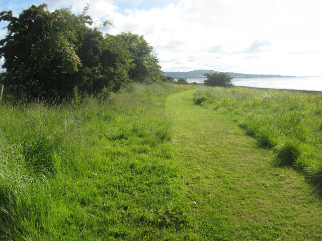 Coastal Footpath on the North Bank of the Tay