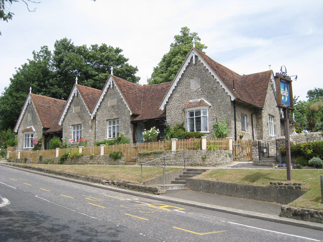 The Almshouses, 1-5, Linton Hill
