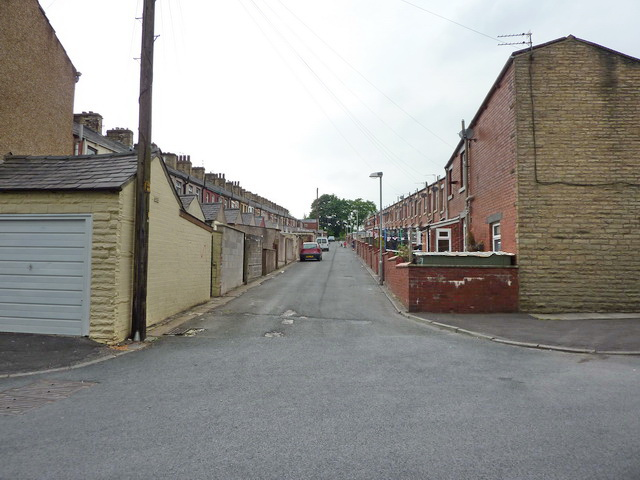 Back street between Beaconsfield Street and Gladstone Street