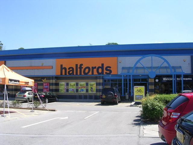halfords - West Side Retail Park