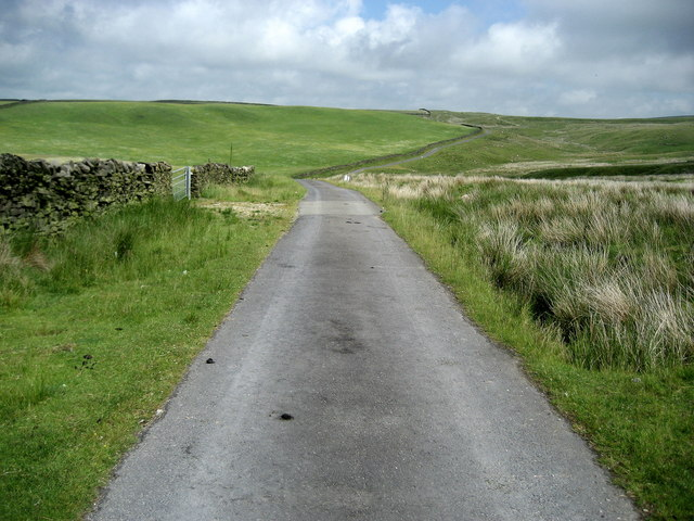 Access Lane from Spoutley Lumb