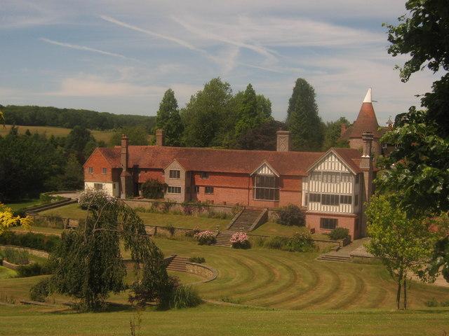 Leighton Manor