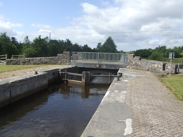 Shannon-Erne Waterway - Lock 14 Drumduff; © John M licensed under CCL