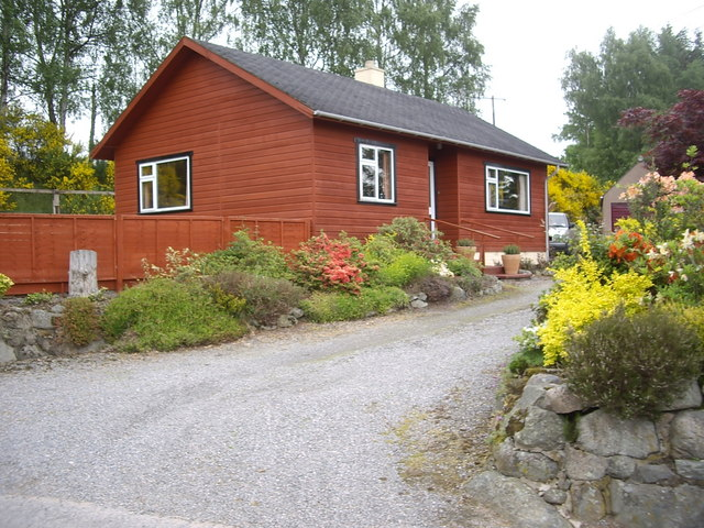 Timber-clad cottage, Torphins